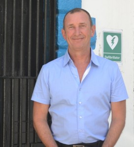 Dr Tim McInerny