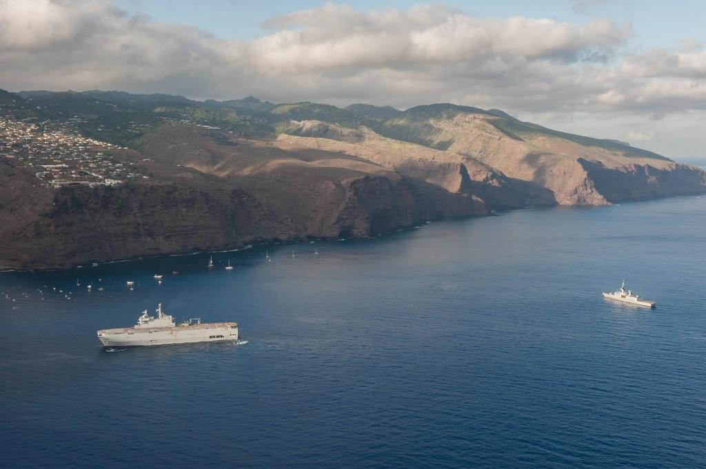 Photographie aérienne de l'île de Saint Hélène au profit du